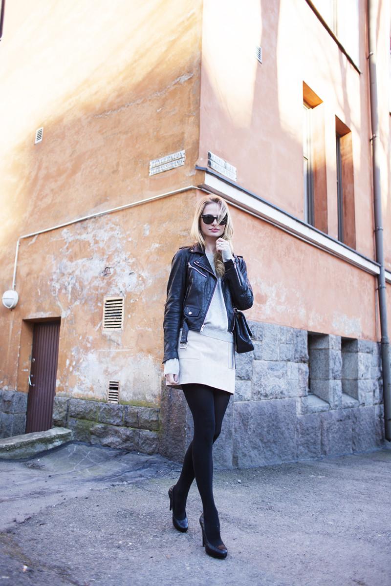 corner girl kallio1