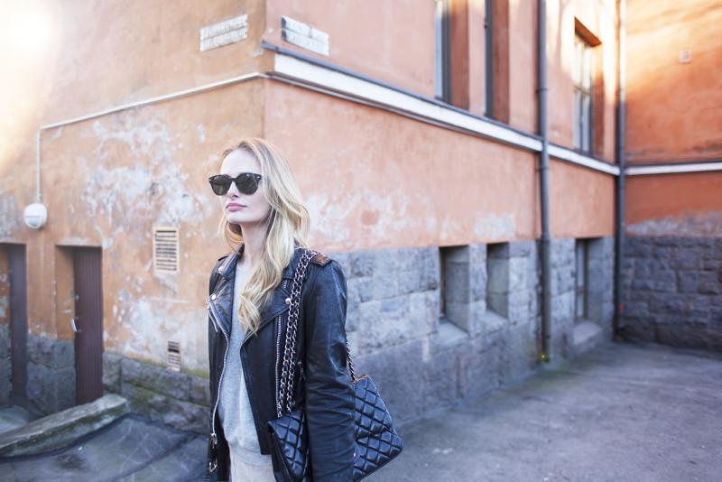 corner girl kallio2