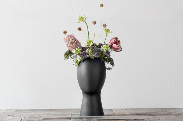 wig vase 2